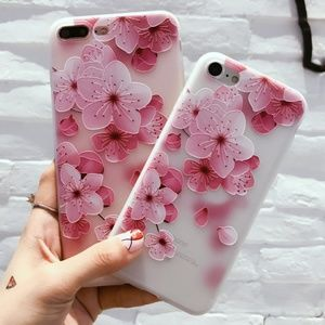 GoByte Accessories - NEW iPhone Max/XR/XS/X/7/8/Plus Floral Case